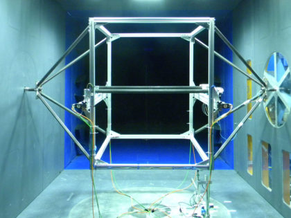 Wind tunnel tests on two cylinders to measure subspan oscillation aerodynamic forces